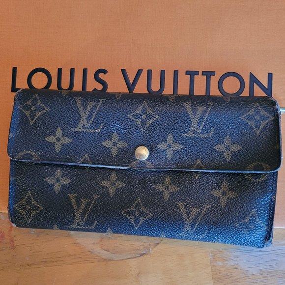 AUTHENTIC LOUIS VUITTON Tresor monogram Wallet